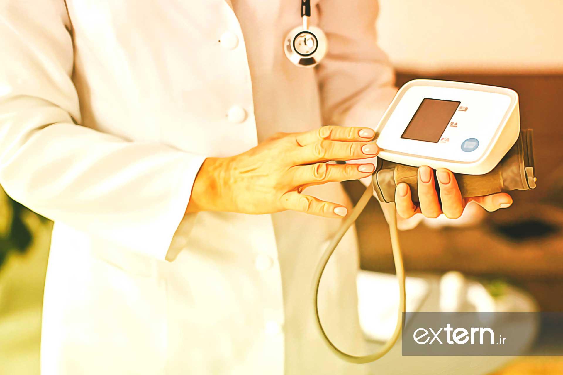 دستگاه فشارسنج دیجیتال یا الکترونیکی برای گرفتن فشارخون